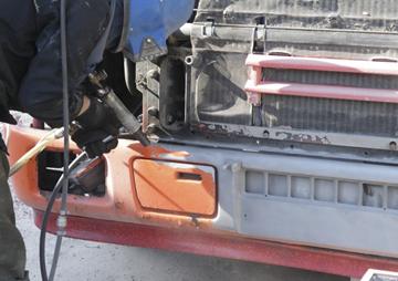 Бампер грузового тягача